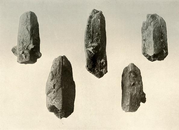 Specimen Holder「Feldspar Crystals From Summit Of Mount Erebus Natural Size」:写真・画像(12)[壁紙.com]