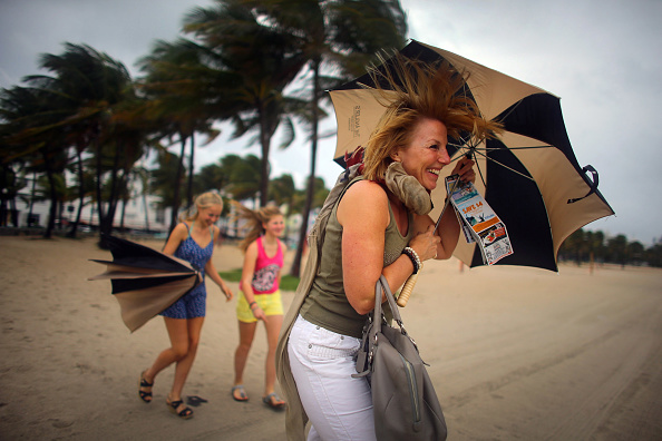 Wind「Hurricane Sandy's Winds Hit Florida Coast」:写真・画像(12)[壁紙.com]