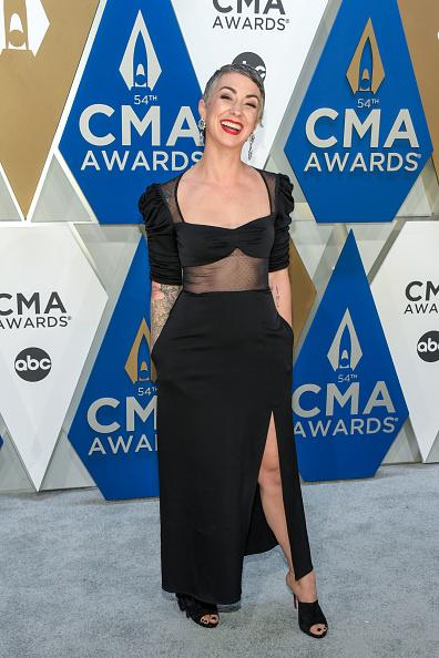 Music City Center「The 54th Annual CMA Awards - Arrivals」:写真・画像(2)[壁紙.com]