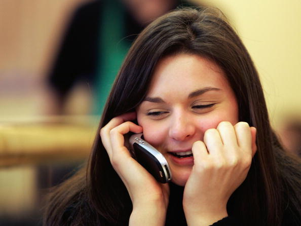 Ear「Mobile Phones Not Linked to Brain Tumours」:写真・画像(4)[壁紙.com]