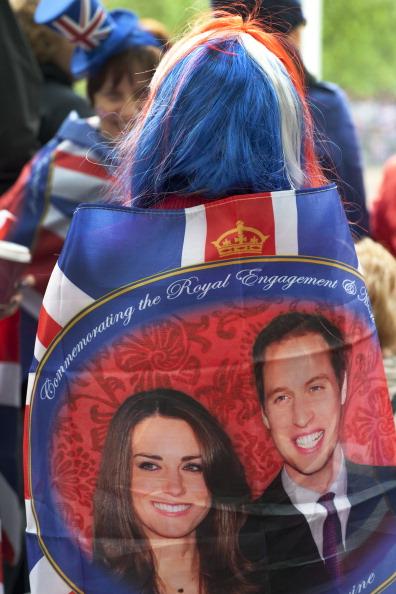 Tom Stoddart Archive「Royal Wedding Spectators」:写真・画像(11)[壁紙.com]