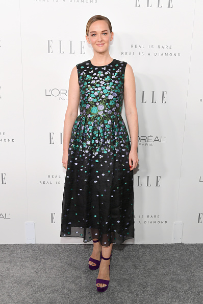 Purple Shoe「ELLE's 24th Annual Women in Hollywood Celebration presented by L'Oreal Paris, Real Is Rare, Real Is A Diamond and CALVIN KLEIN - Arrivals」:写真・画像(1)[壁紙.com]