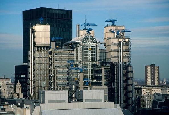 Travel Destinations「Lloyd's Building, City of London, UK. Designed by Richard Rogers Partnership.」:写真・画像(2)[壁紙.com]