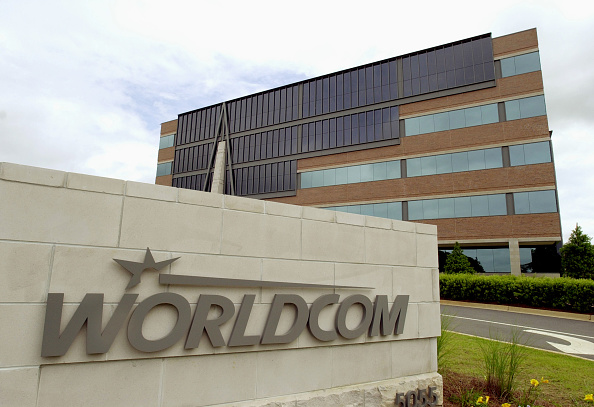 Erik S「Worldcom layoffs expected」:写真・画像(5)[壁紙.com]