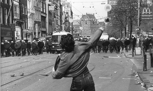 Netherlands「Police Charge」:写真・画像(11)[壁紙.com]