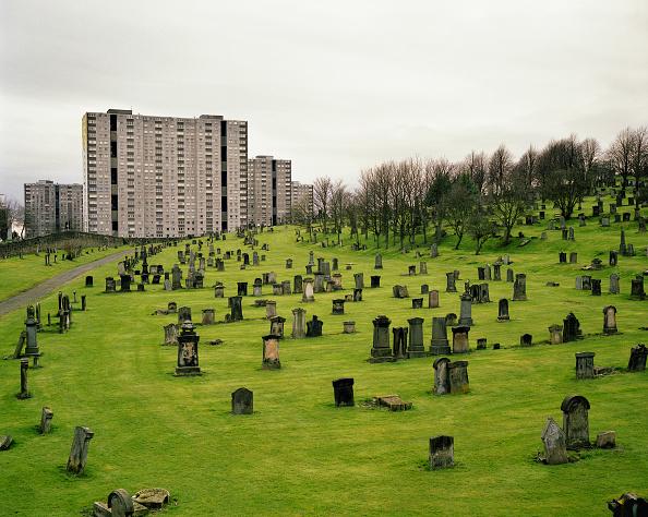 skyscraper「Cemetery in the suburbs of Glasgow, Scotland, UK」:写真・画像(19)[壁紙.com]