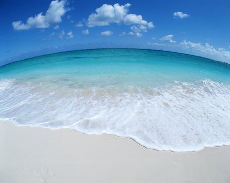 ビーチ「France, Grace Bay Turks and Caicos, beach (Fisheye)」:スマホ壁紙(1)