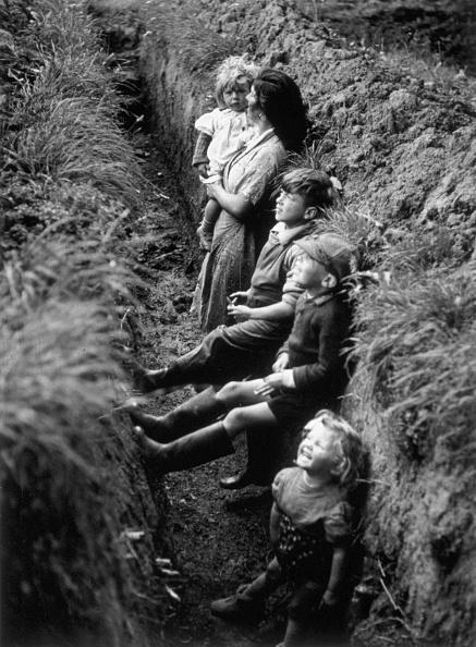 ライフスタイル「In The Trenches」:写真・画像(6)[壁紙.com]