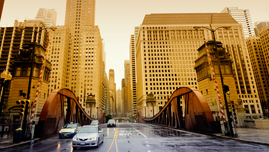 Avenue「Traffic in the City,Chicago」:スマホ壁紙(8)
