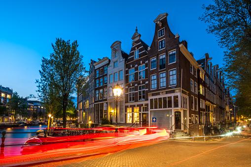 Amsterdam「Traffic in Amsterdam」:スマホ壁紙(3)