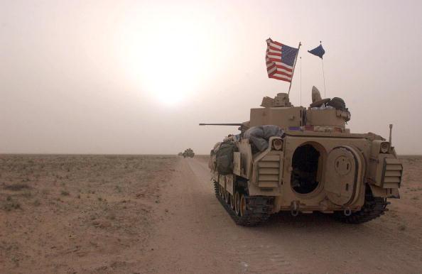 Iraq「U.S. Soldiers Prepare For War」:写真・画像(1)[壁紙.com]