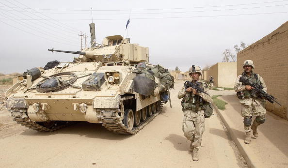 Infantry「Coalition Forces Advance Into Baghdad」:写真・画像(9)[壁紙.com]