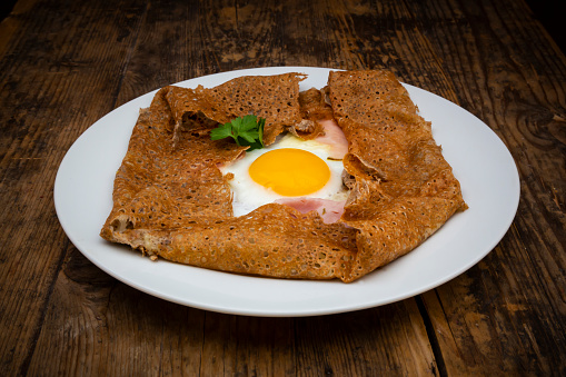 Buckwheat「Galette complete, Breton buckwheat pancake with egg, cheese und ham, glutenfree」:スマホ壁紙(15)