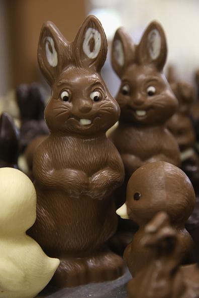 チョコレート「Chocolate Easter Bunny Production At Confiserie Felicitas」:写真・画像(15)[壁紙.com]