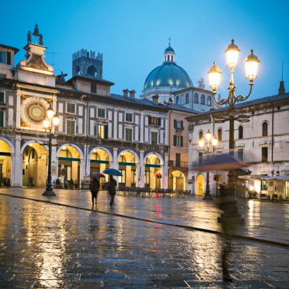 Town Square「Brescia」:スマホ壁紙(9)