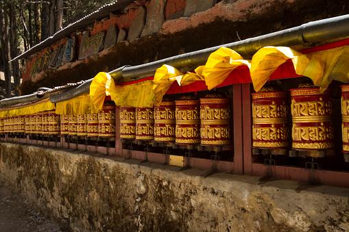 Khumbu「Buddhist Prayer Wheels at Khumjung Monastery」:スマホ壁紙(0)