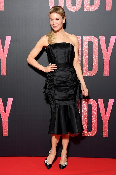 "Satin Dress「""Judy"" Premiere At Cinema Gaumont Marignan In Paris」:写真・画像(7)[壁紙.com]"