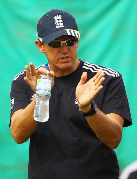 Andrew Flower「Buxton Water 2010 Cricket Season」:写真・画像(2)[壁紙.com]