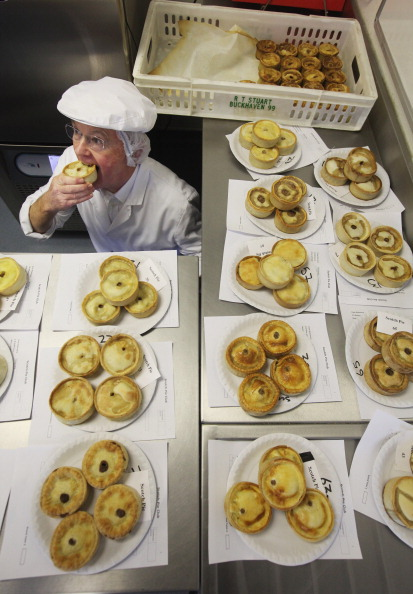 Positioning「Worlds Scotch Pie Championships Held In Dunfermline」:写真・画像(13)[壁紙.com]
