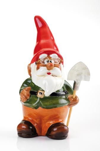 Garden Gnome「Garden gnome with spade, close-up」:スマホ壁紙(12)
