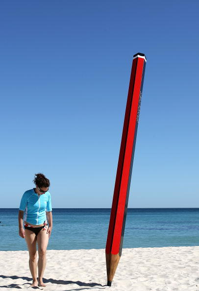 Sculpture「Sculpture By The Sea Launches In Cottesloe」:写真・画像(16)[壁紙.com]