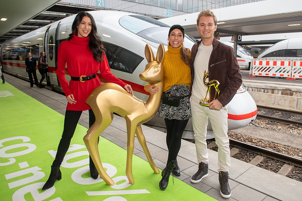 Template「Bambi Trophy Travels From Munich To Berlin For Award Show」:写真・画像(1)[壁紙.com]