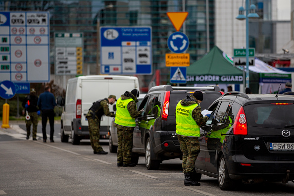 Geographical Border「Poland Eases Border Checks For Trucks, Long Queues Begin To Subside」:写真・画像(17)[壁紙.com]