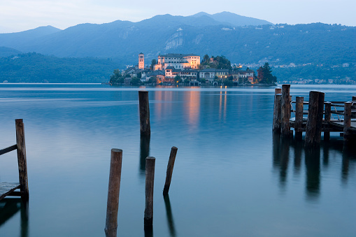 Seminary「Isola San Giulio in Orta Lake in Italy」:スマホ壁紙(13)