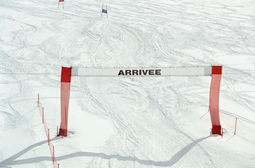 Les Menuires「Finish gate on slalom course」:スマホ壁紙(11)