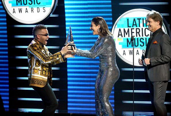 Award「2018 Latin American Music Awards - Show」:写真・画像(6)[壁紙.com]