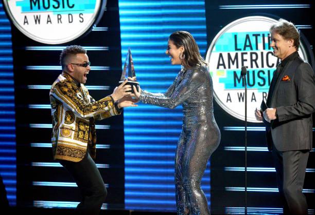 2018 Latin American Music Awards - Show:ニュース(壁紙.com)