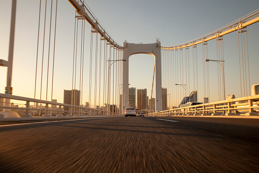 Minato Ward「Across the Rainbow Bridge at sunset」:スマホ壁紙(4)
