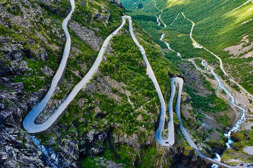 Winding Road「Trollstigen pass road, Norway」:スマホ壁紙(10)