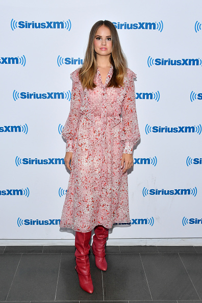 ピンク色のドレス「Celebrities Visit SiriusXM - August 6, 2018」:写真・画像(12)[壁紙.com]