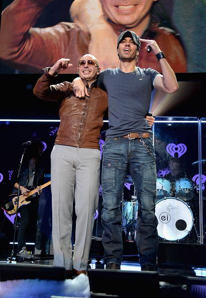 Enrique Iglesias - Singer「Z100's Jingle Ball 2013 Presented by Aeropostale - Show」:写真・画像(13)[壁紙.com]