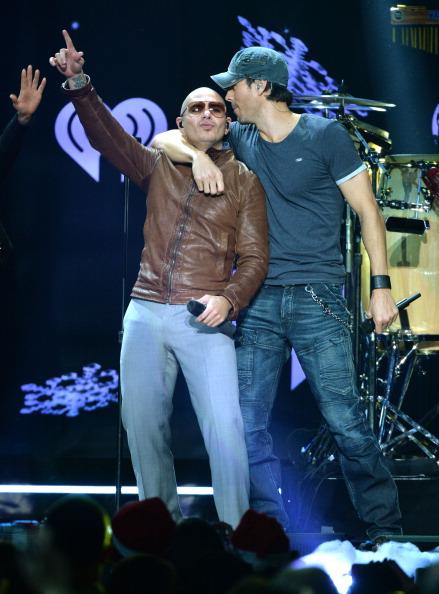 Enrique Iglesias - Singer「Z100's Jingle Ball 2013 Presented by Aeropostale - Show」:写真・画像(17)[壁紙.com]