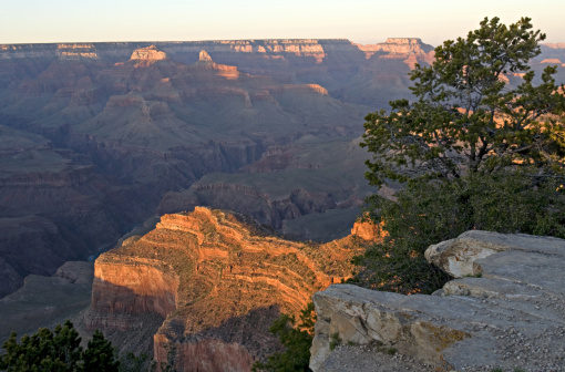 Indian Culture「View of sunset at South Rim from Hopi Point (also on South Rim), with North Rim in background, Grand Canyon, northern Arizona, USA」:スマホ壁紙(0)