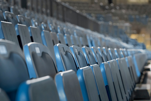 Foldable「Empty chairs in stadium」:スマホ壁紙(7)