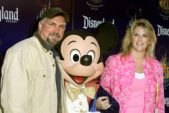 ミッキーマウス「Disneyland 50th Anniversary Celebration」:写真・画像(16)[壁紙.com]