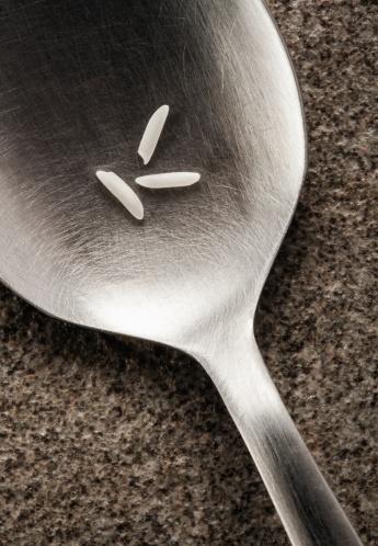 Basmati Rice「Grains of Basmati rice on a spoon」:スマホ壁紙(17)