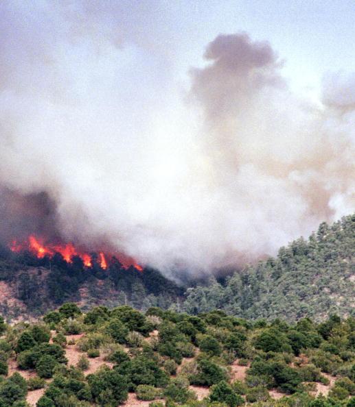 Santa Fe National Forest「Fire at Santa Fe National Forest」:写真・画像(0)[壁紙.com]
