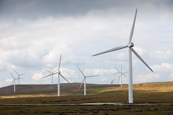 Pivot「Scout Moor wind farm on the Pennine Moors between Rochdale and Ramsbottom, UK.」:写真・画像(8)[壁紙.com]