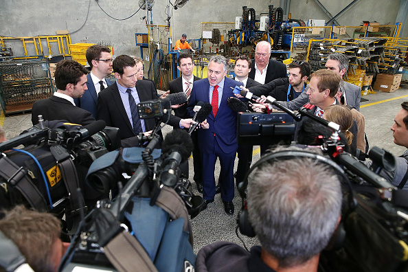 Journey「Shadow Treasurer Joe Hockey Visits Adelaide Manufacturing Business」:写真・画像(9)[壁紙.com]