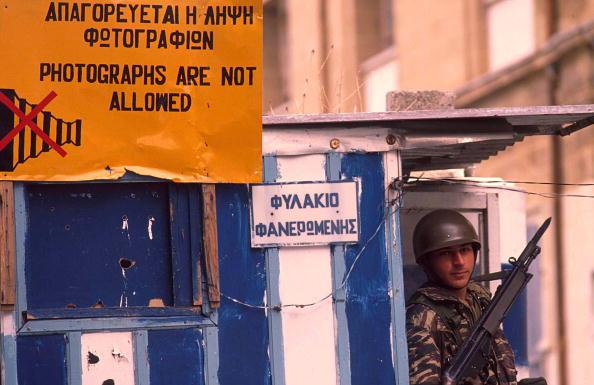 Republic Of Cyprus「Checkpoint In Nicosia」:写真・画像(18)[壁紙.com]