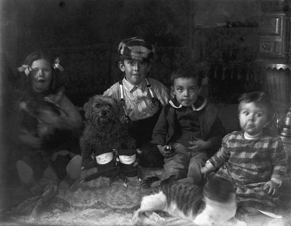 Homemade「Children With Dolls Roton Point」:写真・画像(19)[壁紙.com]