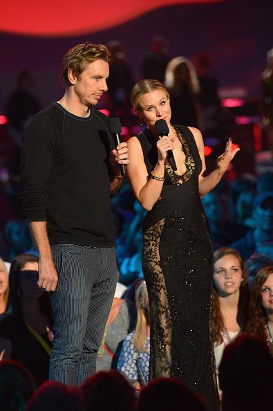 Kristen Bell「2014 CMT Music Awards - Show」:写真・画像(1)[壁紙.com]