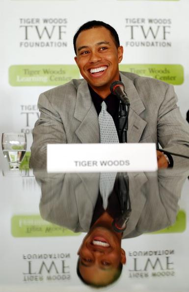 Sportsperson「Tiger Woods Break Ground For Learning Center」:写真・画像(14)[壁紙.com]