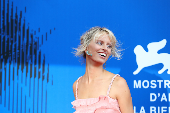 Karolina Kurkova「The Franca Sozzani Award - 74th Venice Film Festival」:写真・画像(12)[壁紙.com]