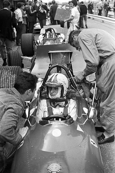 Mechanic「Chris Amon, Grand Prix Of The Netherlands」:写真・画像(0)[壁紙.com]