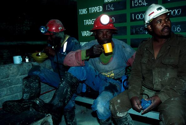 DeBeers「Diamond mining in South Africa」:写真・画像(12)[壁紙.com]